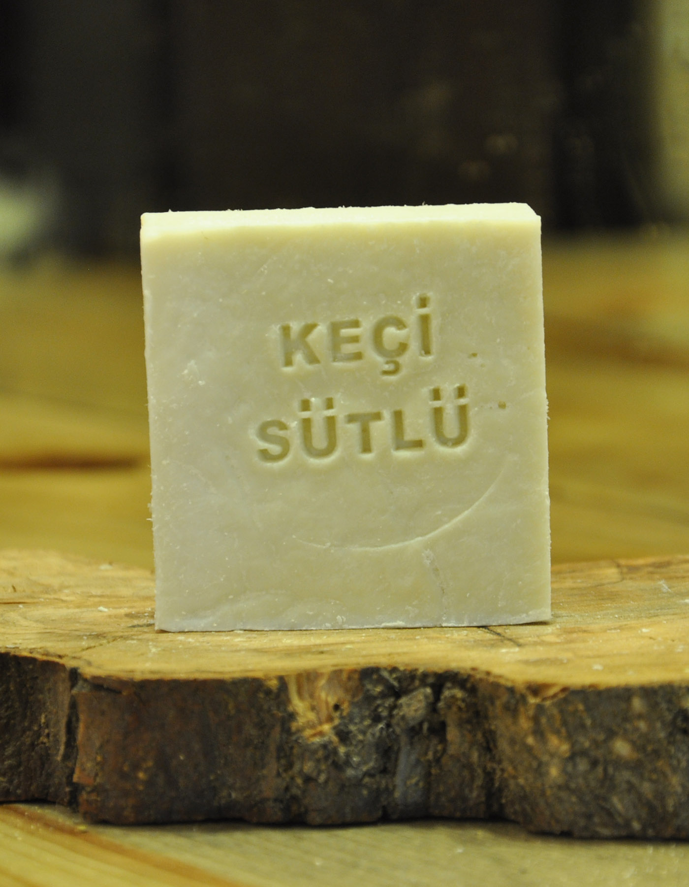 El Yapımı Doğal Keçi Sütü Sabunu 110 Gr.